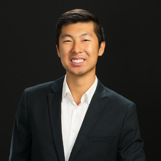 A photograph of Dan Wu.